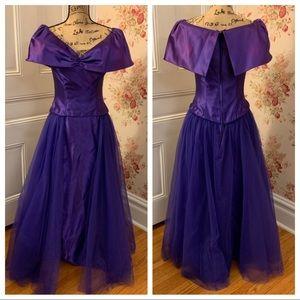 Beautiful Vintage Purple Prom Dress